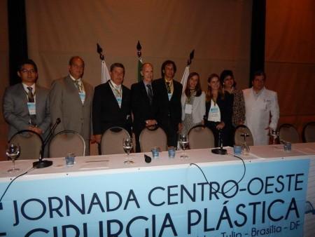 Dr. Luis Henrique Ishida na cerimônia de abertura da 28a Jornada Centro-Oeste de Cirurgia Plástica